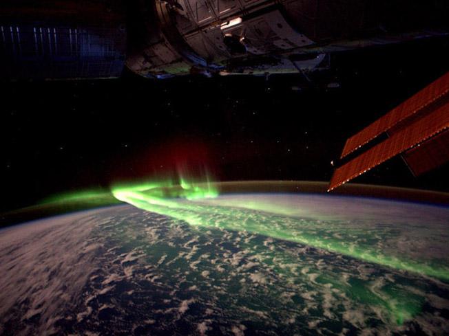 Astronauta fotografa aurora austral