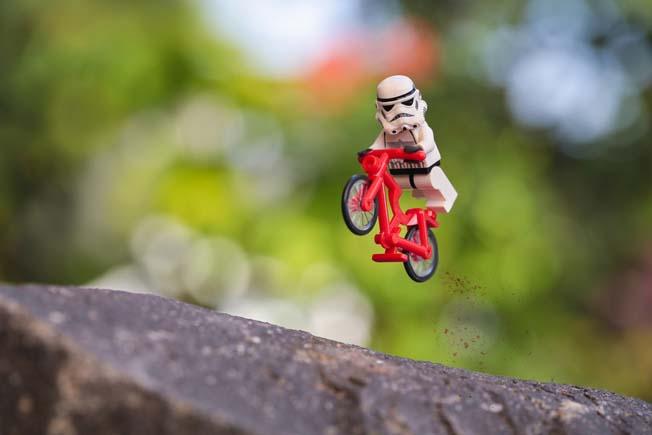 41 fotos dos Stormtroopers, de Star Wars, fazendo coisas impressionantes