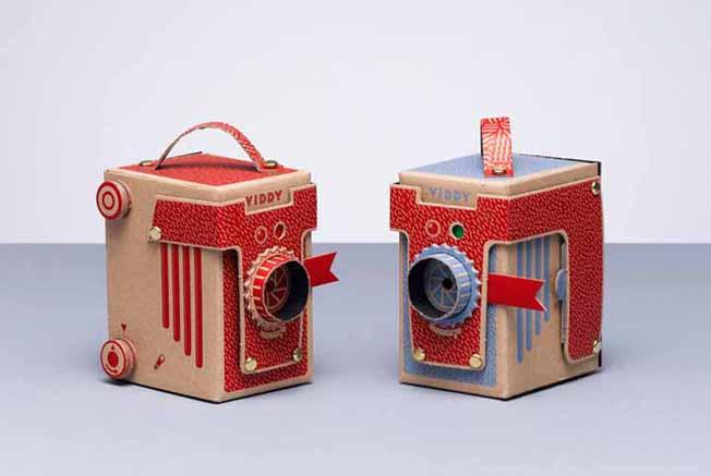 Viddy: a câmera, feita de papelão e sem lente, que funciona de verdade