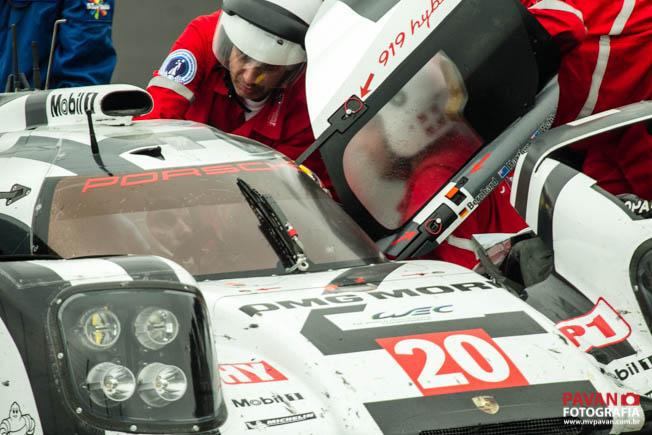 Acidente Mark Webber FIA WEC Sao Paulo